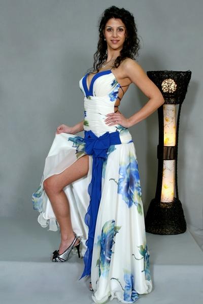 вечерен модел Розалия