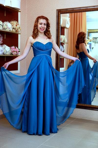 вечерна рокля Радостина